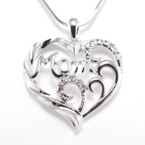 HMom in Fancy Heart Pendant Necklace